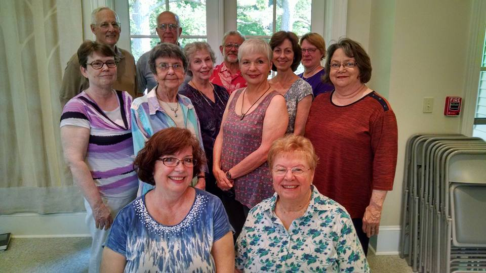 8 Maureen and UUFE Choir May 2016